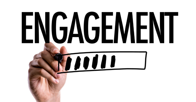 4 Facebook Group Posts to Increase Engagement & Get More Clients